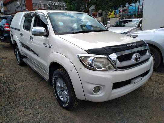 Toyota Hilux image 1