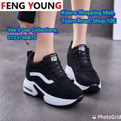 Cute sneakers image 2