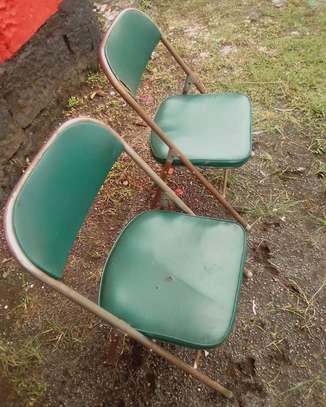 Used Foldable chairs 2.0 utc image 2