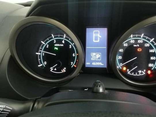 Toyota Land Cruiser Prado TX-L image 11