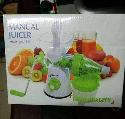 Multifunctional Manual Juicer/Manual Blender And Mincer image 1
