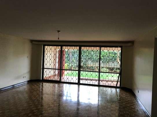 5 bedroom townhouse for rent in Rhapta Road image 20