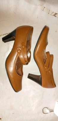 Official light brown heel image 1