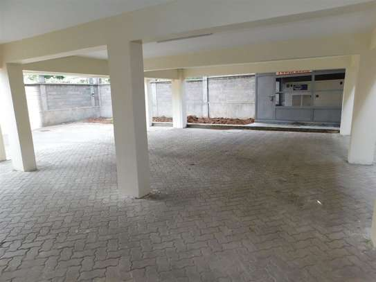 Lavington - Flat & Apartment image 18