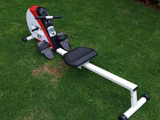 Rowing machine image 9