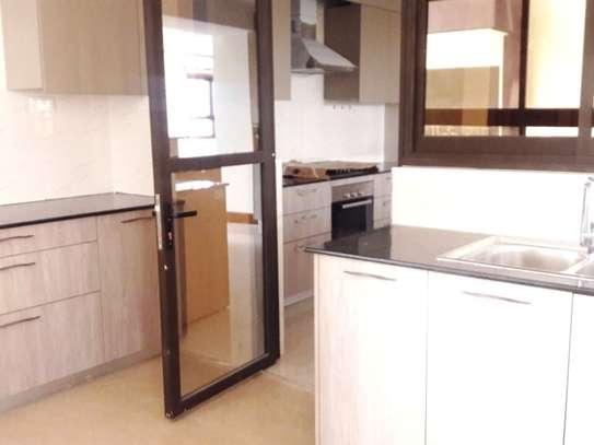 Parklands - Flat & Apartment image 9