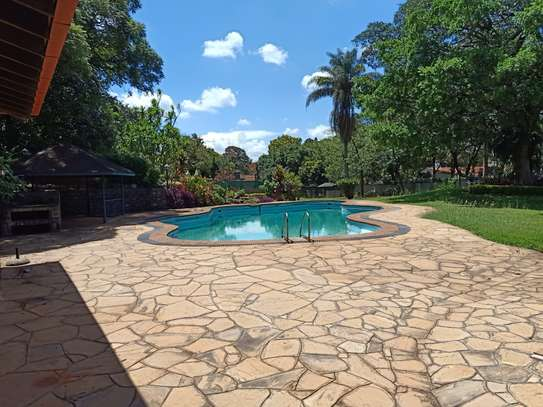 5 bedroom house for rent in Old Muthaiga image 3