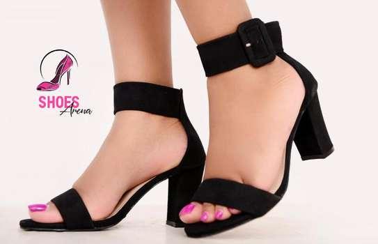 Low chunky heels image 4