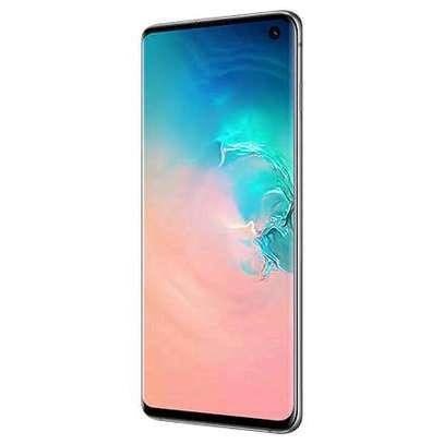 Samsung S10+ image 2
