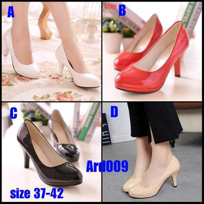 Lady's heels image 1
