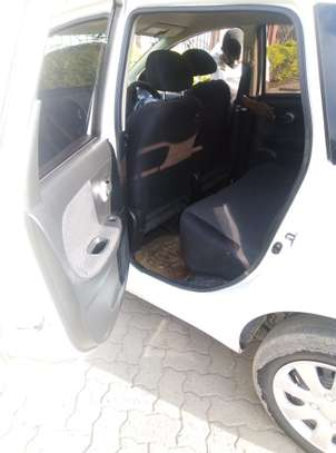 Nissan Note 2009 model on quick sale image 6