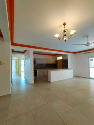 3 bedroom apartment for sale in Nyali Area image 2