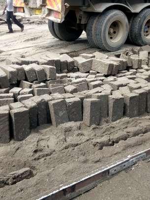 Machine Cut Stones (maiga) image 1