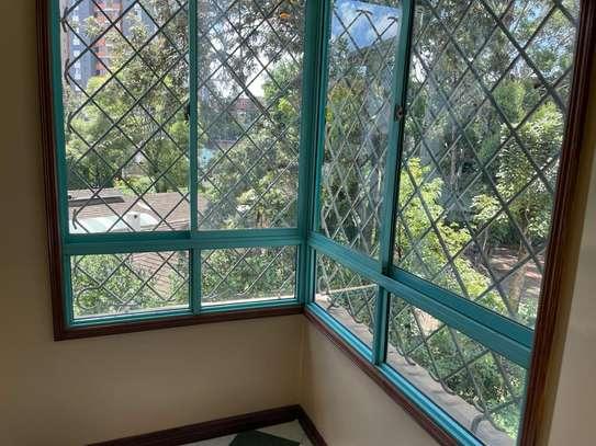 Beautiful 3 Bedrooms Apartments in Riara Road image 3