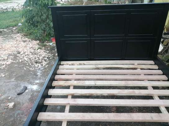 5 by 6 Mahogany bed black.. image 3