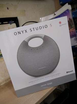 harman kardon onyx studio 5 image 4