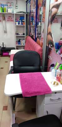 Nail bar for sale image 5