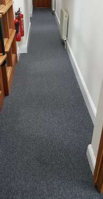 THICK BRAIDED WALL TO WALL CARPETS image 3