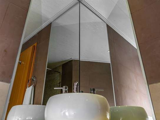 Furnished 2 bedroom apartment for rent in Kilimani image 16