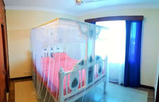 2br fully furnished apartment for rent in Nyali – Royal apartment. Ar50 image 7