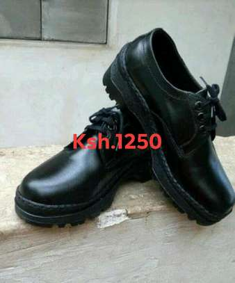 Boys and Girls school shoes image 1