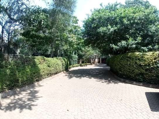 6 bedroom townhouse for rent in Lavington image 1