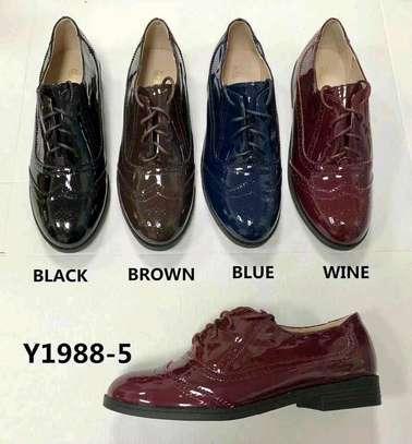 flat shoes image 9