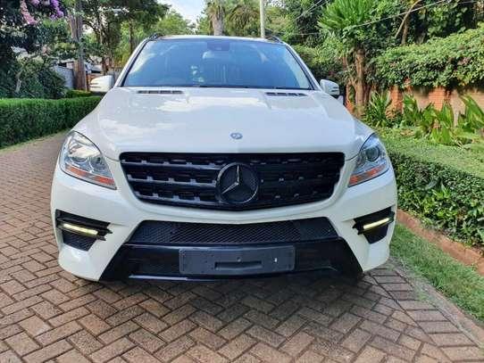 Mercedes-Benz ML350 image 2