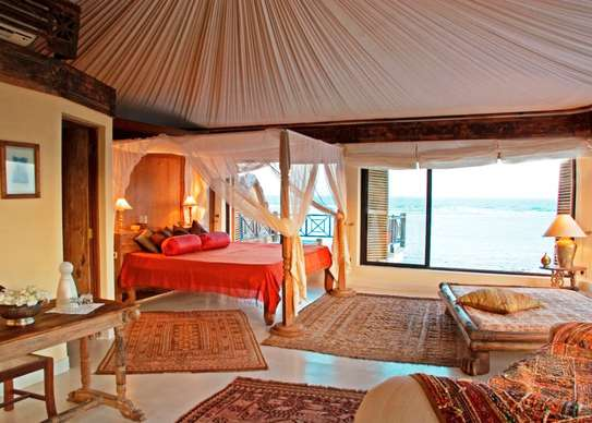 Furnished 10 bedroom villa for sale in Diani image 5