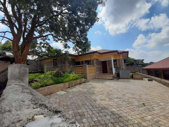 3 Bedroom Bungalow with Master Ensuite image 3