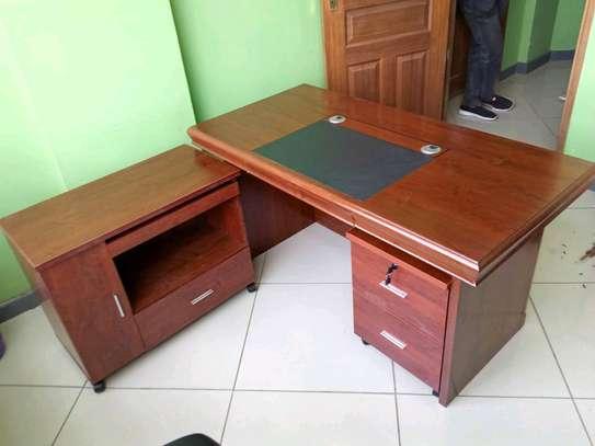 Executive desk 1.4m image 1