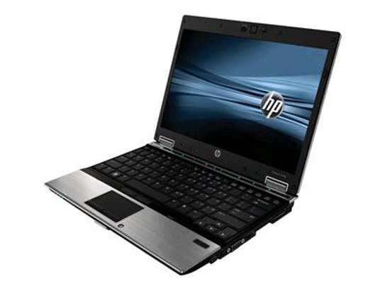 HP EliteBook 2540P core i7 LAPTOP image 2