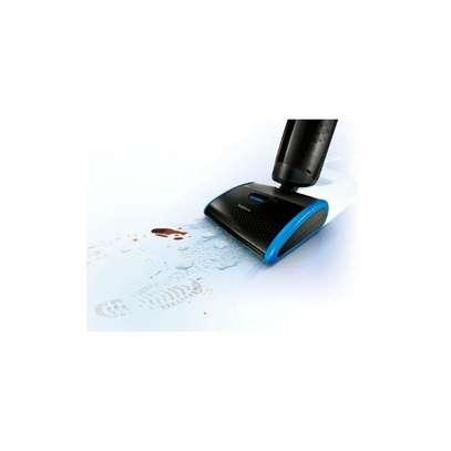 Philips AquaTrion Pro Vacuum Cleaner FC7088 image 5