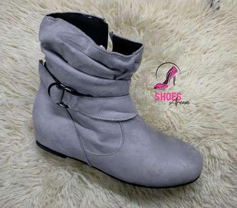 Flat boots image 4