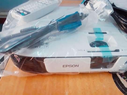 EPSON EB X41 image 3