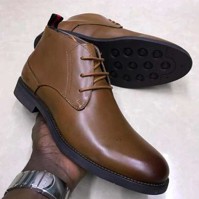 Light brown classy authentic men's boots image 1