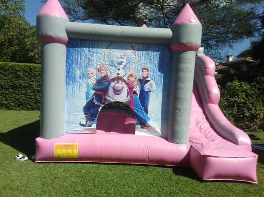 bouncing castles for hire image 9