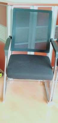 Mesh Waiting Seat-Black image 2
