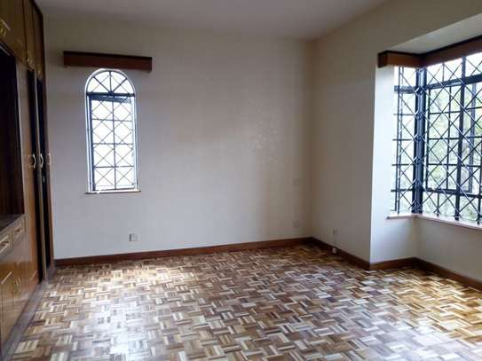 3 bedroom apartment for sale in Kilimani image 14