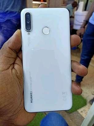mobile phones Huawei p30 lite image 2