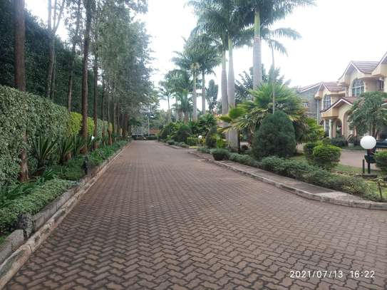 Spacious 4 bedroom home to to let@ Garden estate image 2