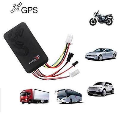 Gps car tracking car tracker image 1