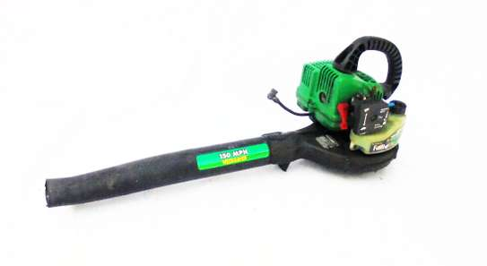 FEATHERLITE Gas Powered Weed Eater
