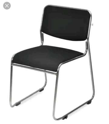 An office desk chair D1L image 1