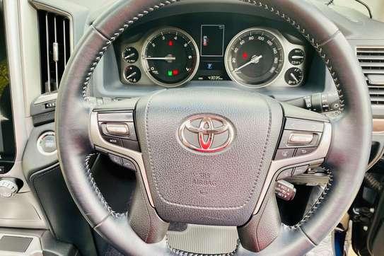 Toyota Land Cruiser 202 ZX 4.6 image 10