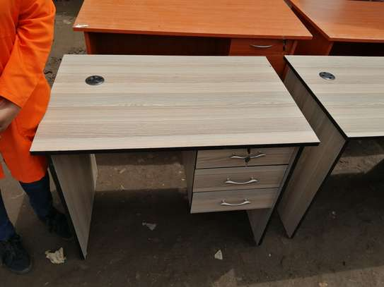 Home and office study desks image 12