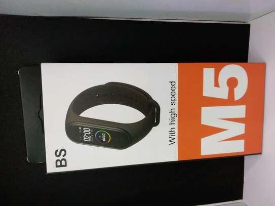 M5 smart bracelet image 1