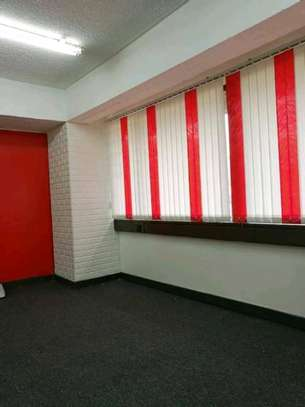 Office blinders image 3