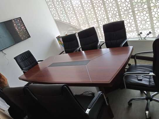 Meg Executive Executive Boardroom Table