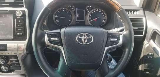 Toyota Prado Landcruiser image 3